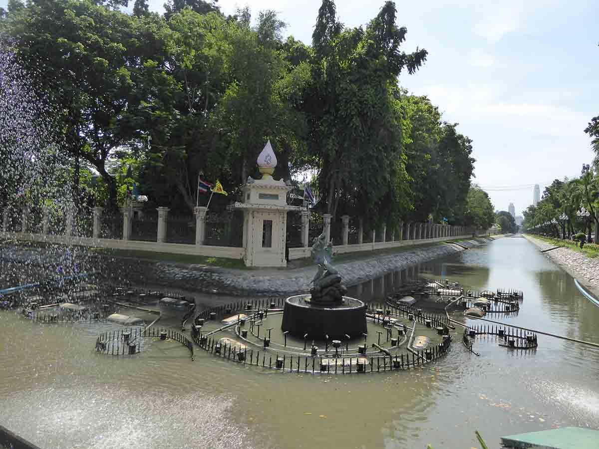 Dusit Bangkok