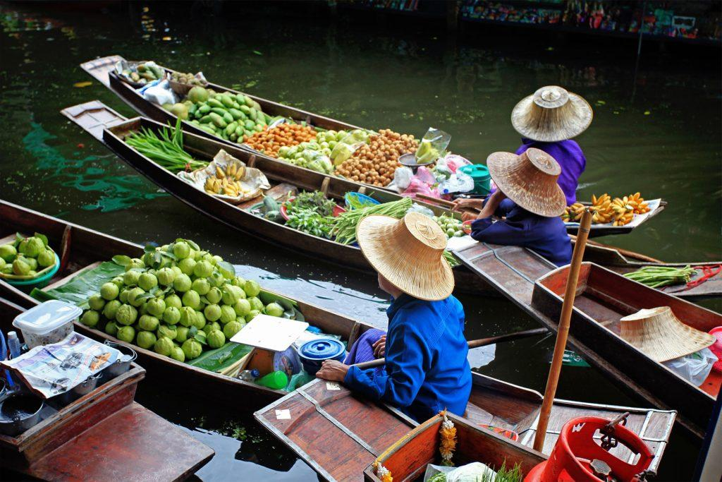 Damnoen-Saduak Floating Market in Thailand
