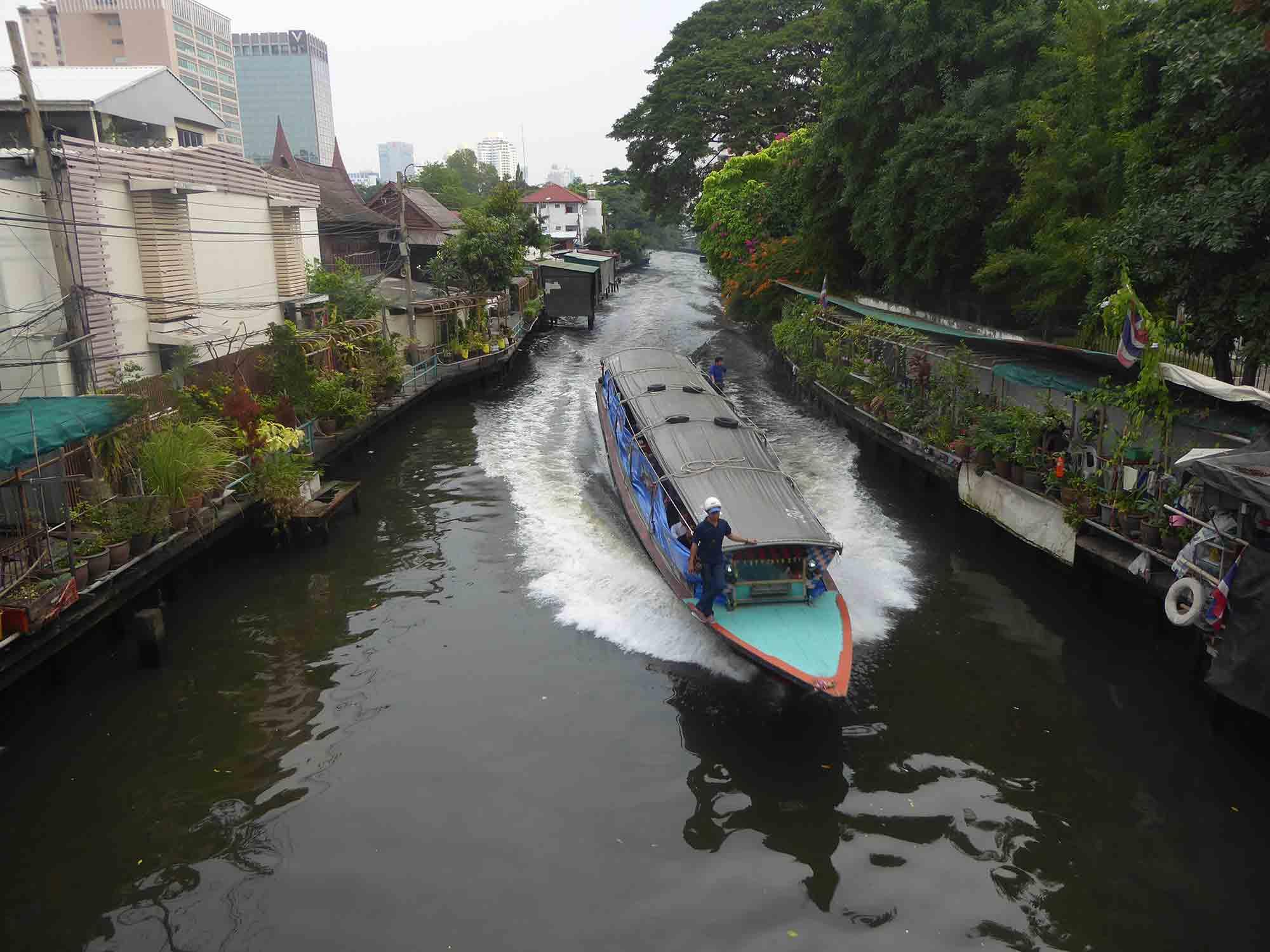 Khlong Saen Saep Express Boat Bangkok