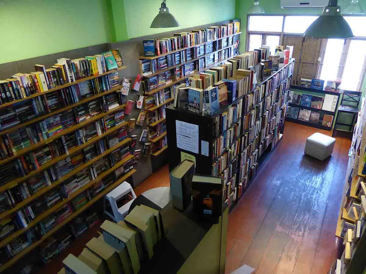Bookshops in Bangkok Dasa Book Cafe