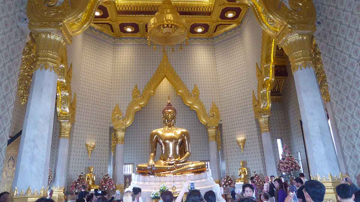 Wat Traimit Golden Buddha Temple Bangkok Tourist Attraction