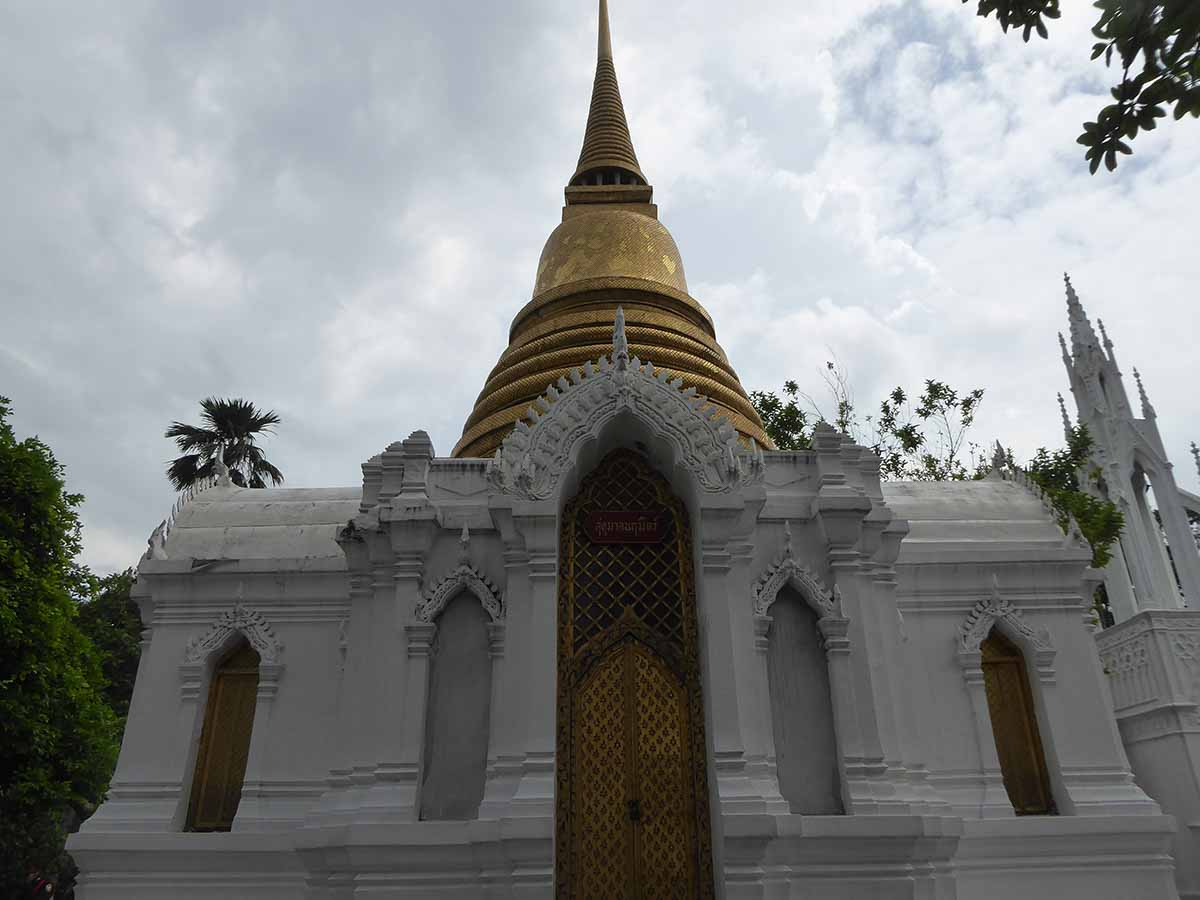 P1140839 - Wat Ratchabophit