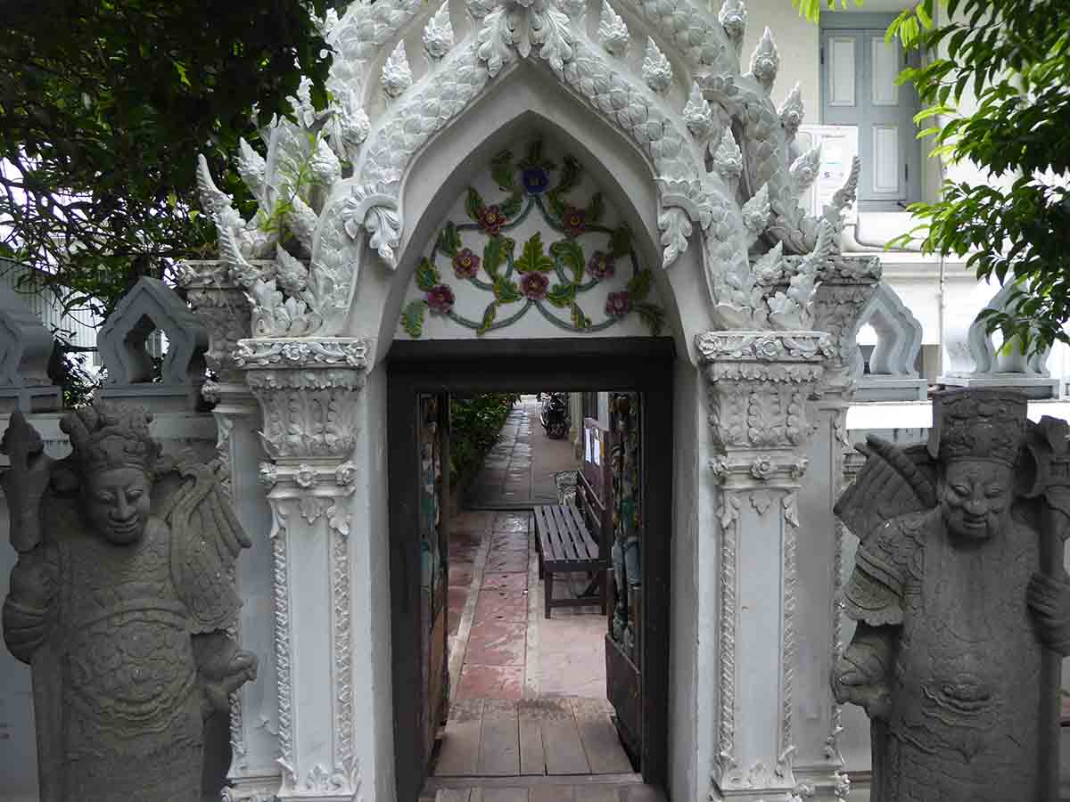 Wat Ratchapradit Temple Bangkok