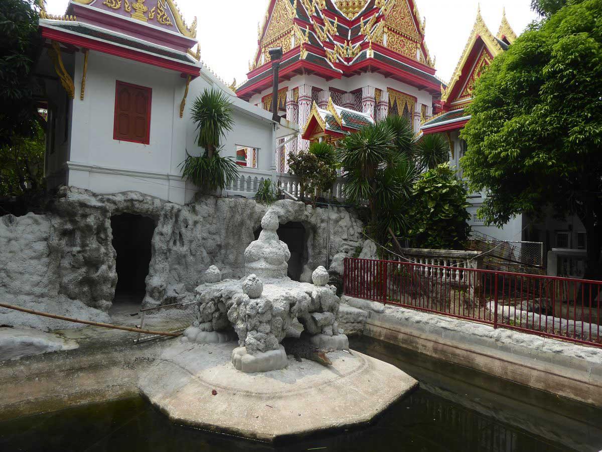 P1160800 1200x900 - Temples