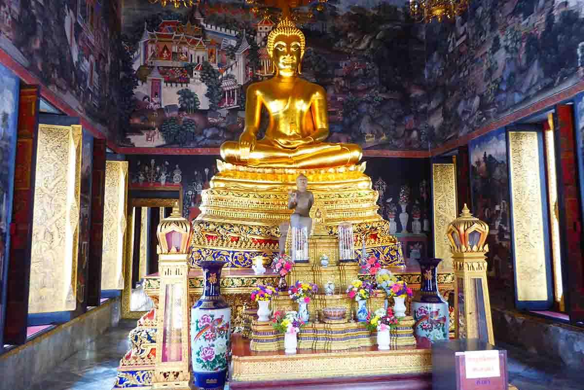 P1170808 - Wat Bowonniwet Vihara