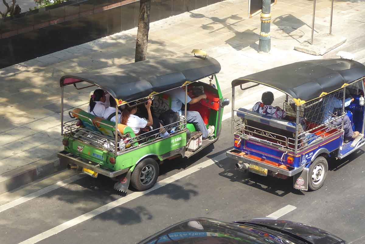 How to take a Tuk-Tuk in Bangkok