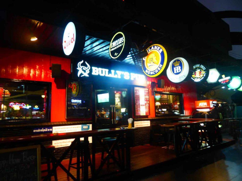Bullys Pub Bangkok