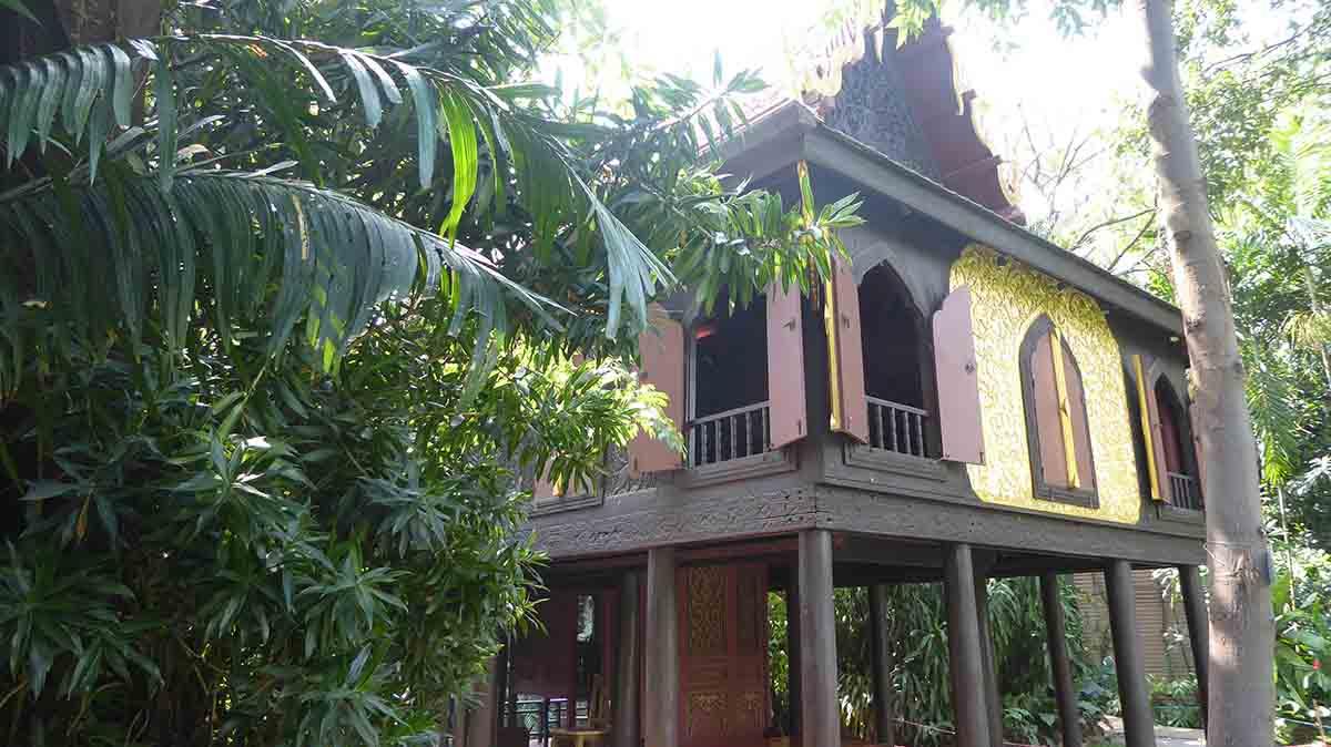 P1090198 - Suan Pakkad Palace Museum