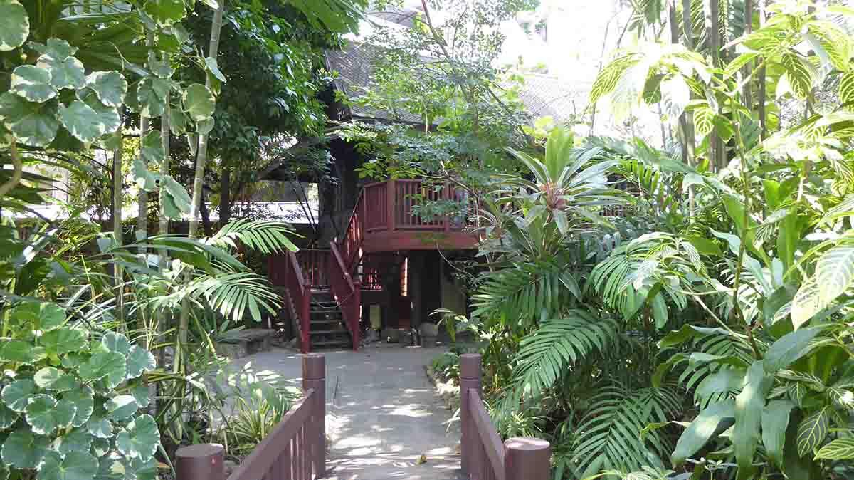P1090201 - Suan Pakkad Palace Museum