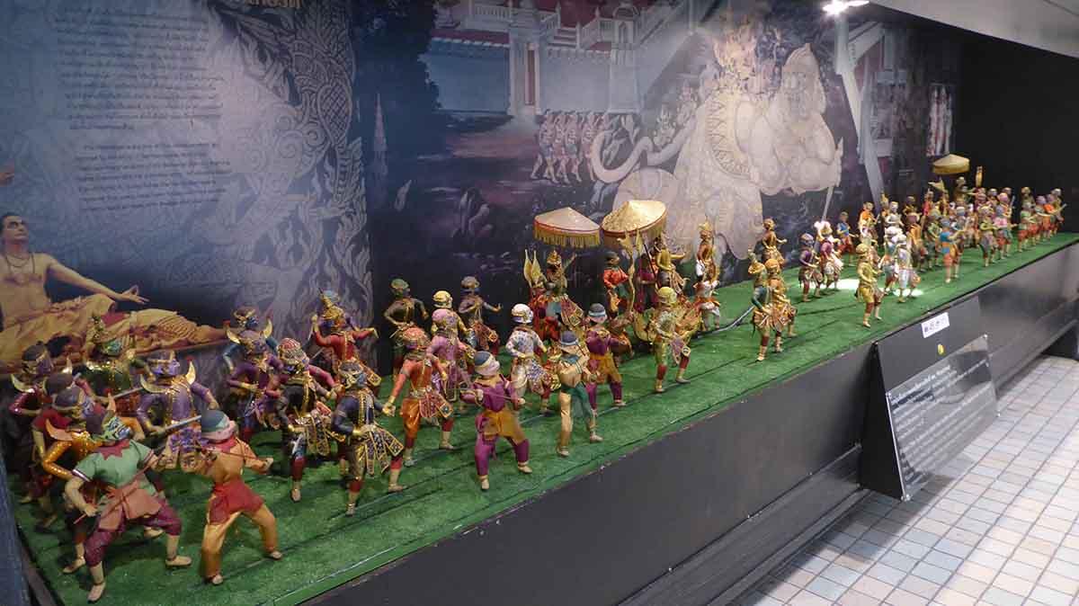 P1090206 - Suan Pakkad Palace Museum