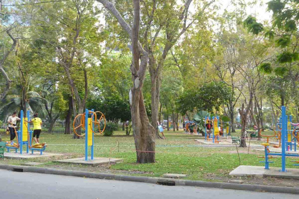 Lumphini Park in Bangkok. Things to do in Bangkok.