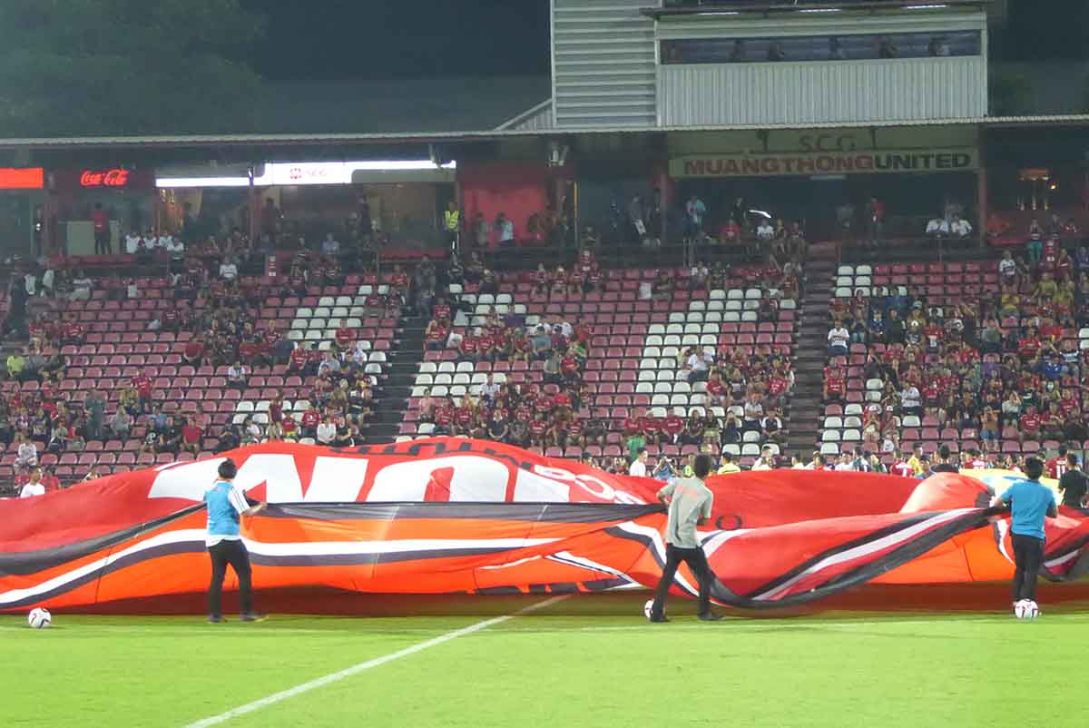 Football in Bangkok Thai Premier League Muangthong United