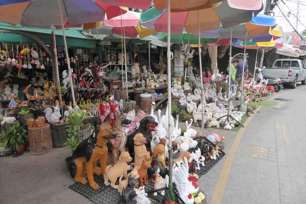 Markets in Bangkok Chatuchak Flower Market