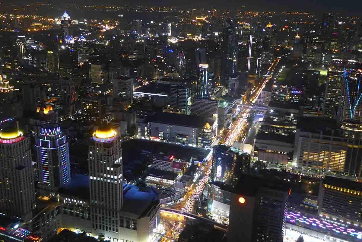 night time views of Bangkok