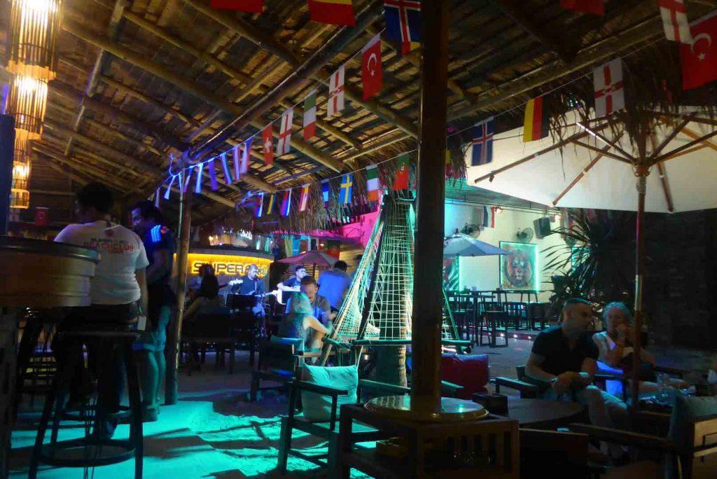 Superflow Beach Club in Khaosan Bangkok