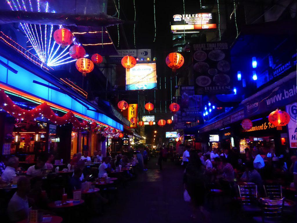 Silom Soi 4 1024x768 - Nightlife