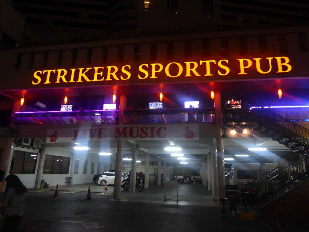 Strikers Sports Pub Nana Bangkok
