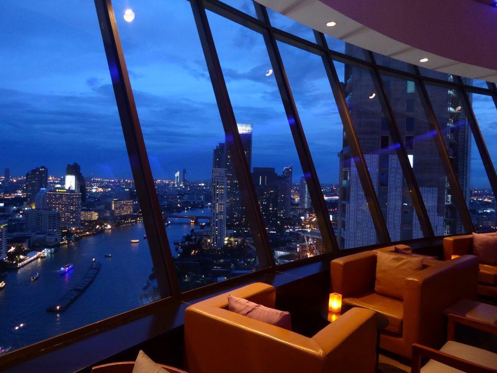 360 Bar at the Millennium Hilton Bangkok