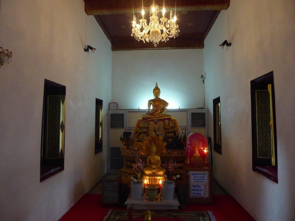 P1070336 1024x768 - Wat Mahathat Yuwaratrangsarit