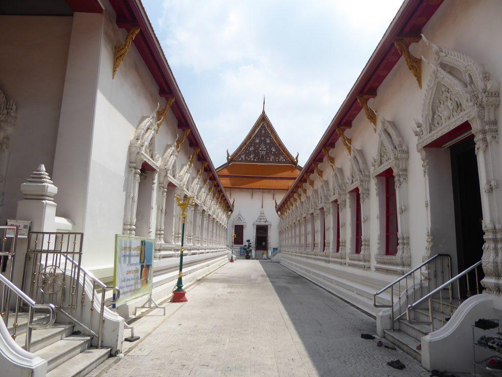 P1220951 1024x768 - Wat Mahathat Yuwaratrangsarit