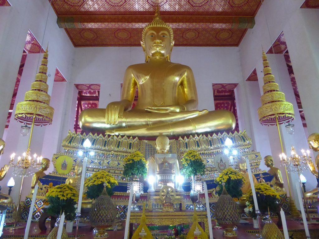 P1220953 1024x768 - Wat Mahathat Yuwaratrangsarit