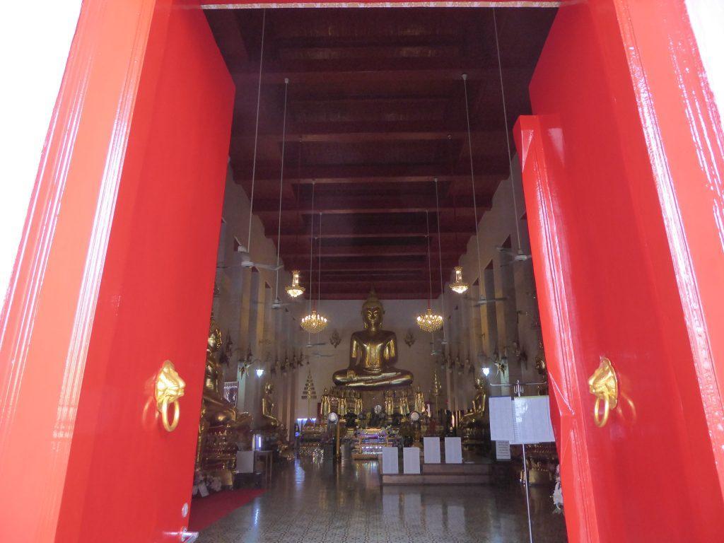 P1220974 1024x768 - Wat Mahathat Yuwaratrangsarit