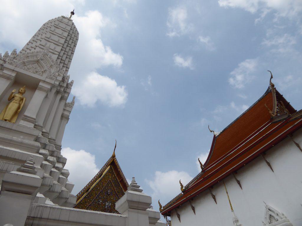 P1220987 1024x768 - Wat Mahathat Yuwaratrangsarit