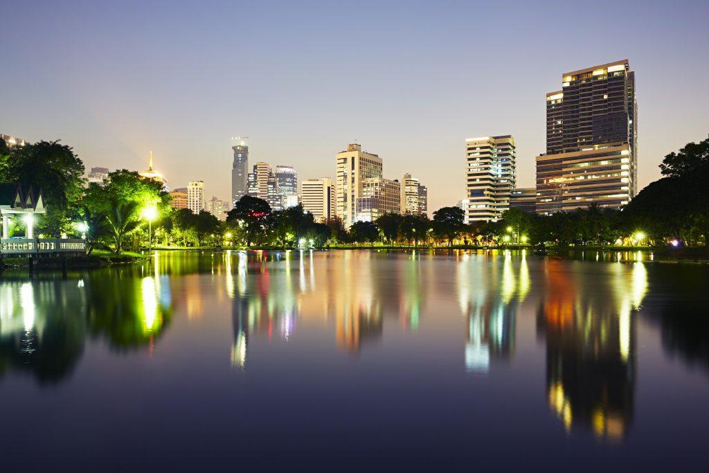 bangkok at the sunset P9JHB53 1024x683 - Attractions