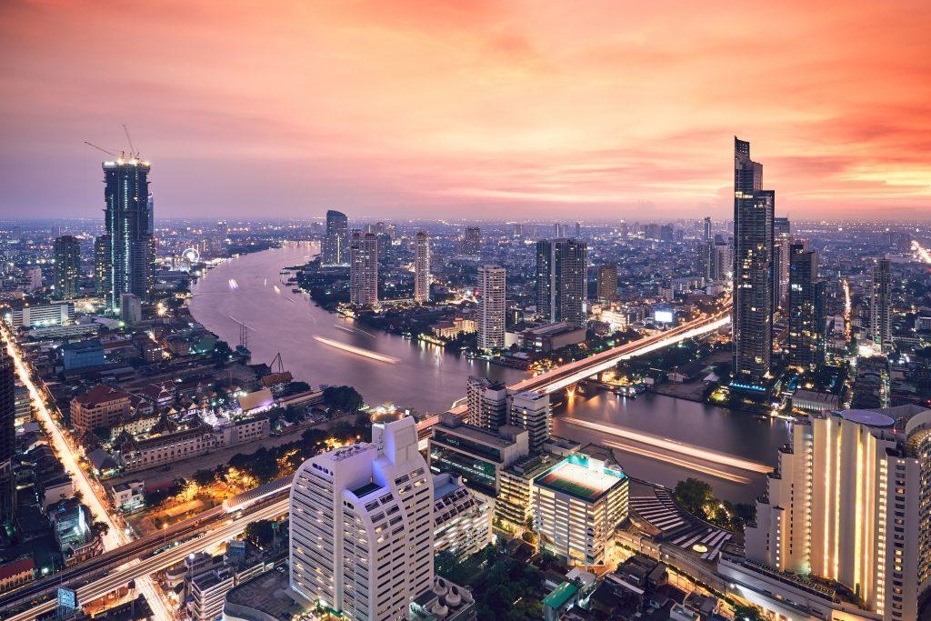 bangkok during golden sunset P7LJJCH 1024x683 - Attractions