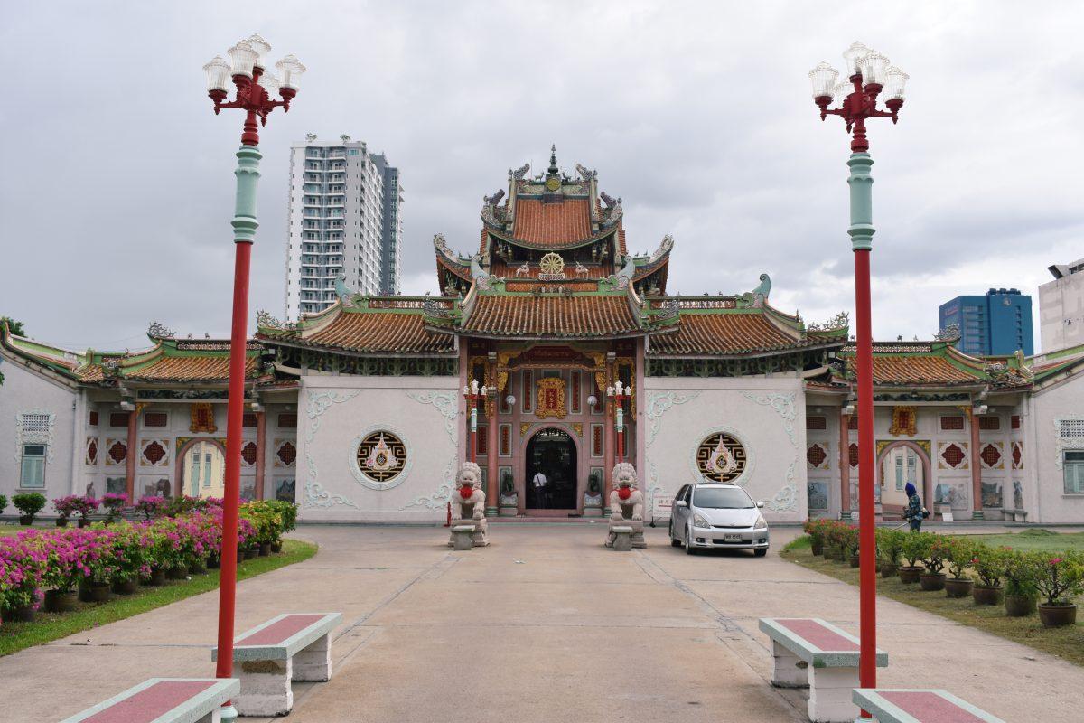 Wat Poe Nam Khunaram