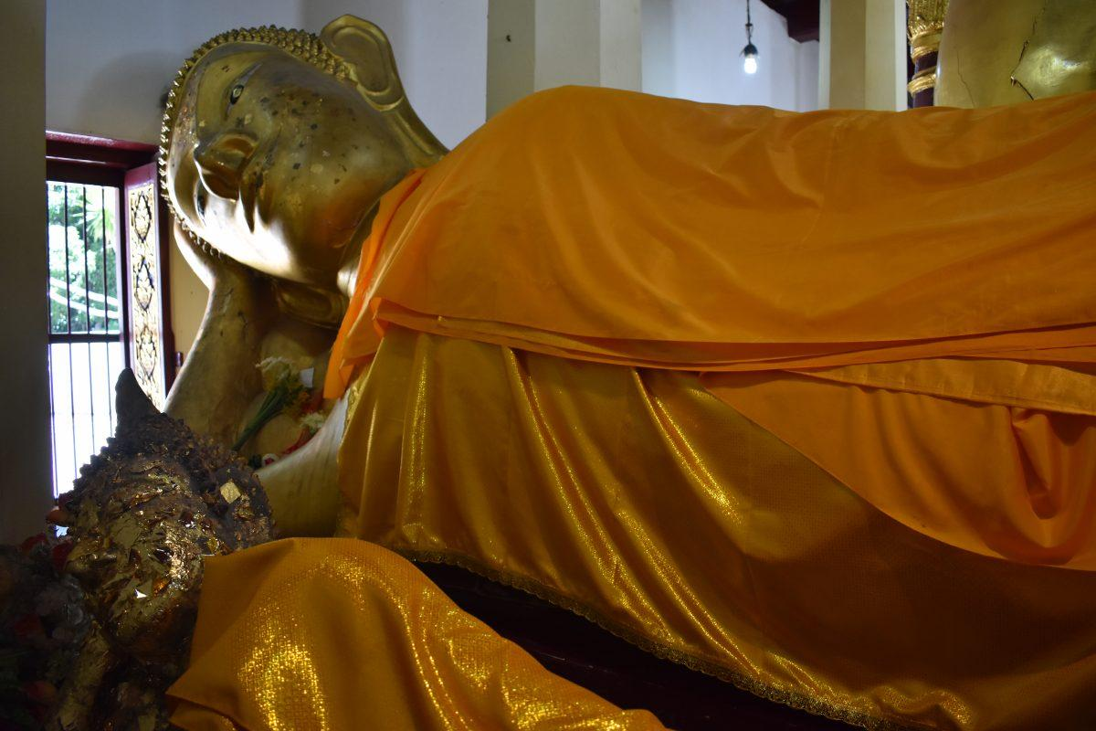 Reclining Buddha's