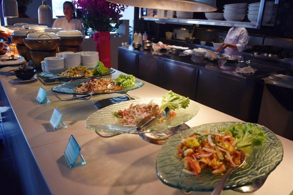 Millennium Hilton Bangkok Restaurant