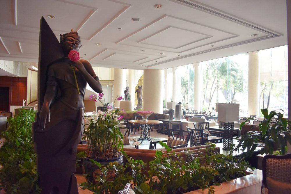 DSC 0950.JPG1  1 scaled e1590378656578 - Shangri la Hotel Bangkok