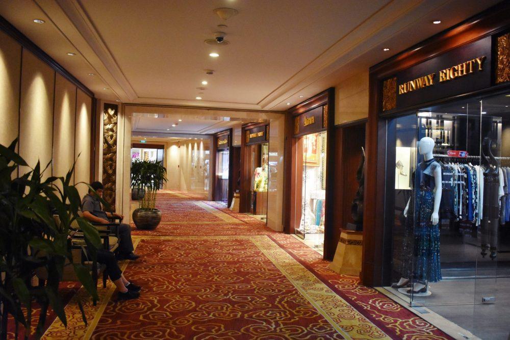 DSC 0967.JPG1  1 scaled e1590335749822 - Shangri la Hotel Bangkok