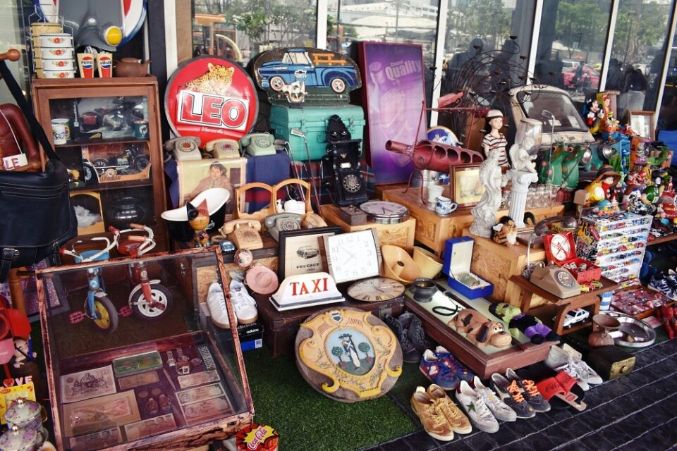Chatuchak Playground Antique Flea Market